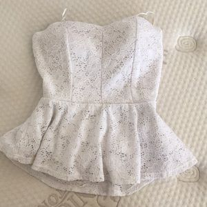 Strapless lace halter